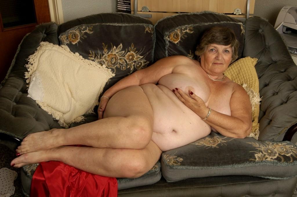 Mature big tits nude women