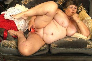 Old fat granny masturbates her wrinkly aged holes