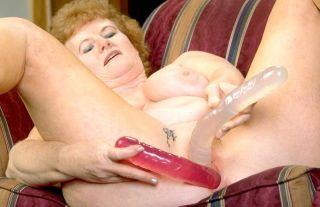 Big beautiful redhead granny fills her lovebox wit