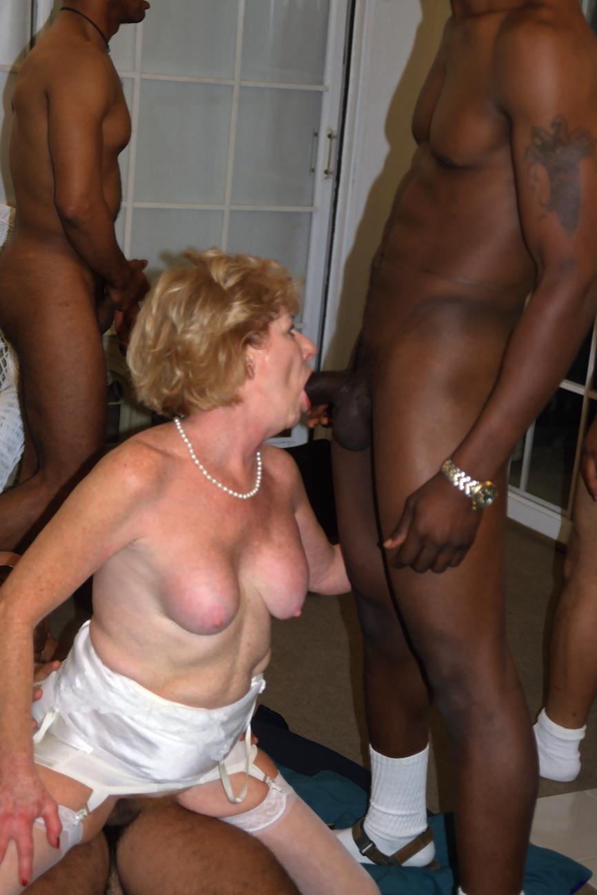 Windsor adult clubs