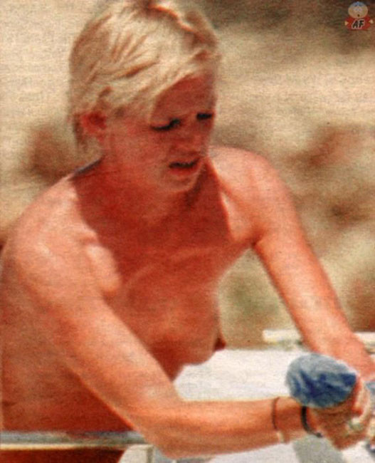 Opinion pussy zoe ball naked really. And