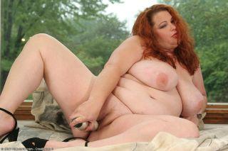nude chubby lingerie