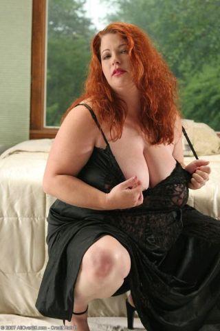 sexy chubby tits