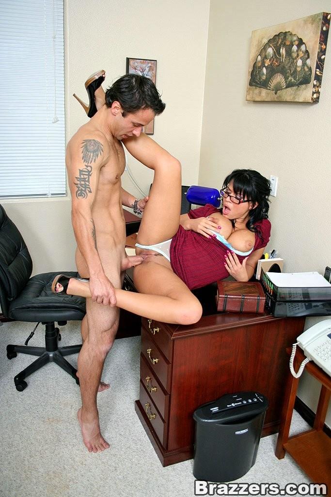 Angelina tits at work Eva big