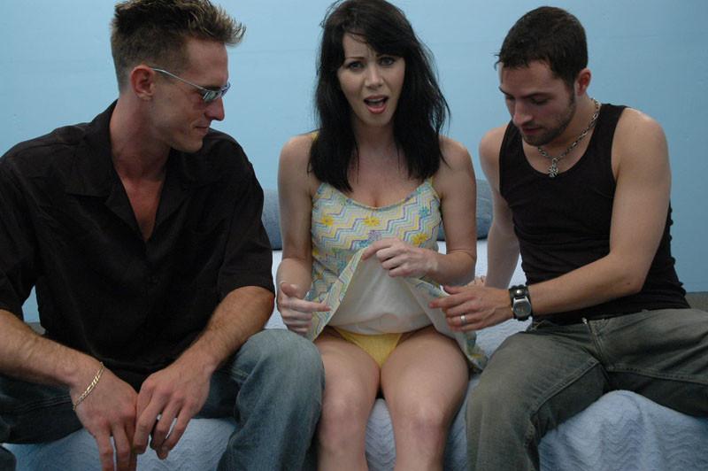 Amateur Brunette Threesome Ffm