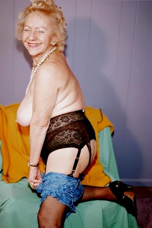 Hot kelly rippa sexy pics