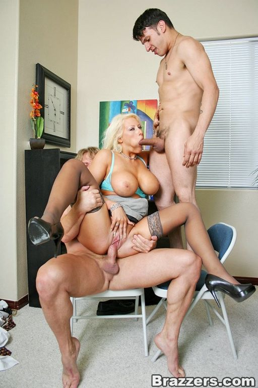 последнее, порно секретарш большой грудью мама ногу она