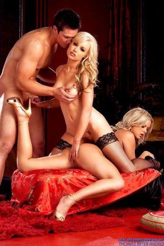 Bree Olson hot threesome hardcore action
