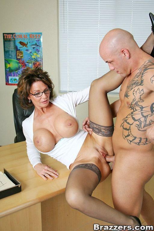 Big titted mature teacher Deauxma getting ripped a