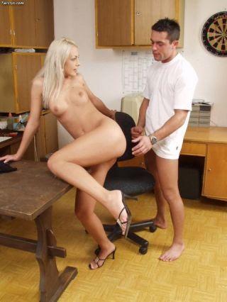 Horny pornstar Veronica Carso in hardcore action