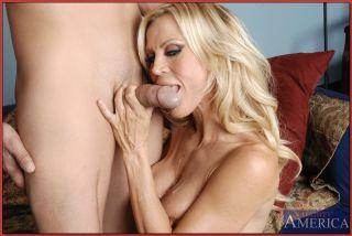 Mother and son mutual masturbation - 8418