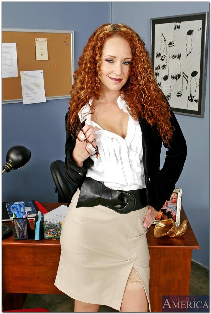 Redhead wet pussy milf-Sex photo
