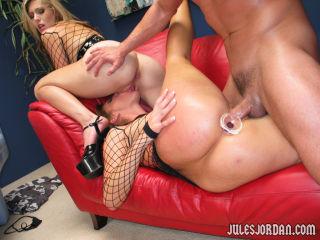 Dick sharing blonde pornstar girls