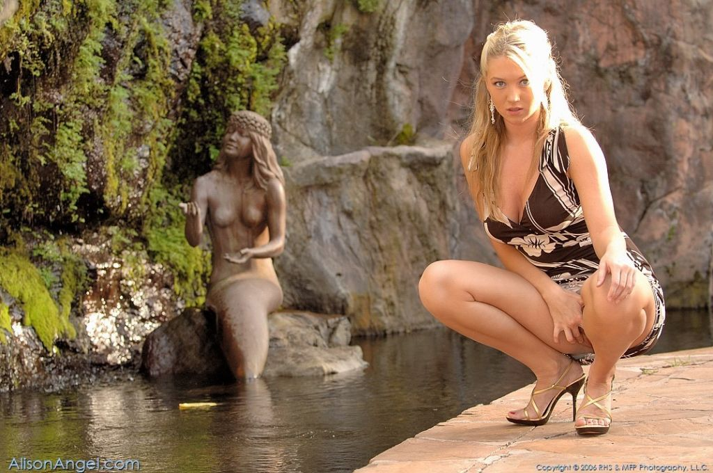 Heavenly Gorgeous Blonde Alison Angel Naked
