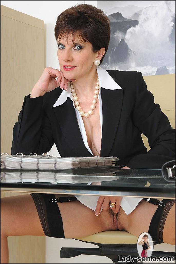 Female reporter huge cock