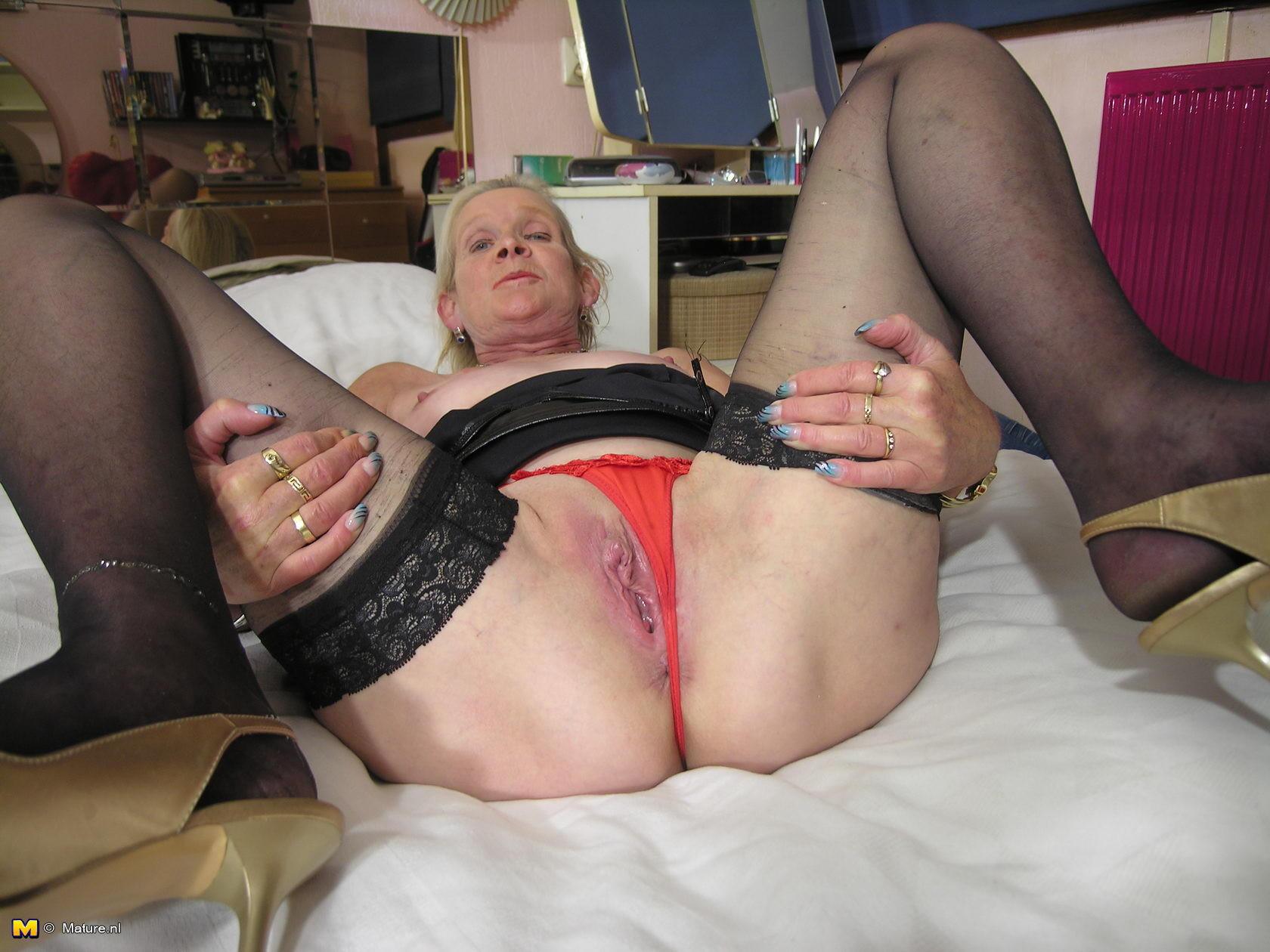 Free porn small tits