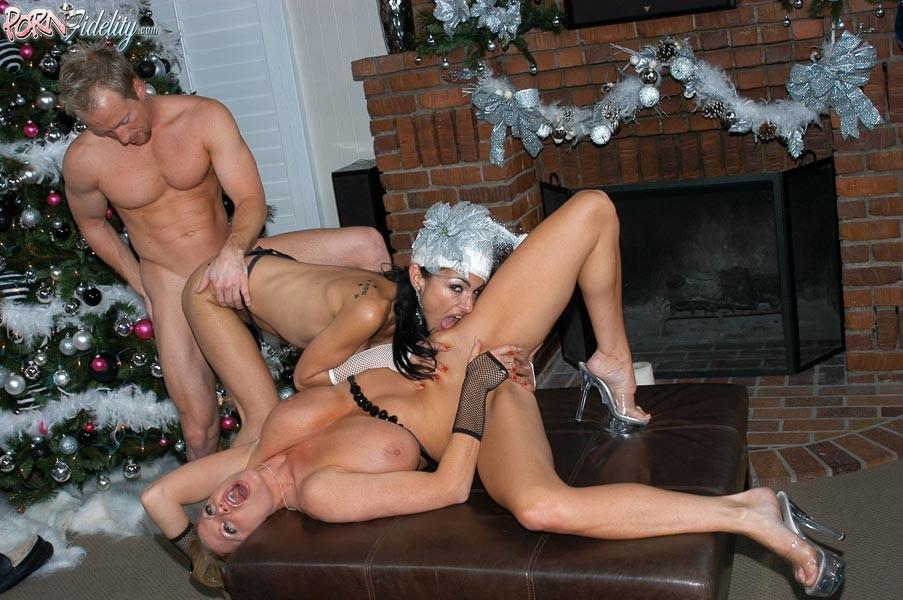 дамочки учат новогодние порно частное любом