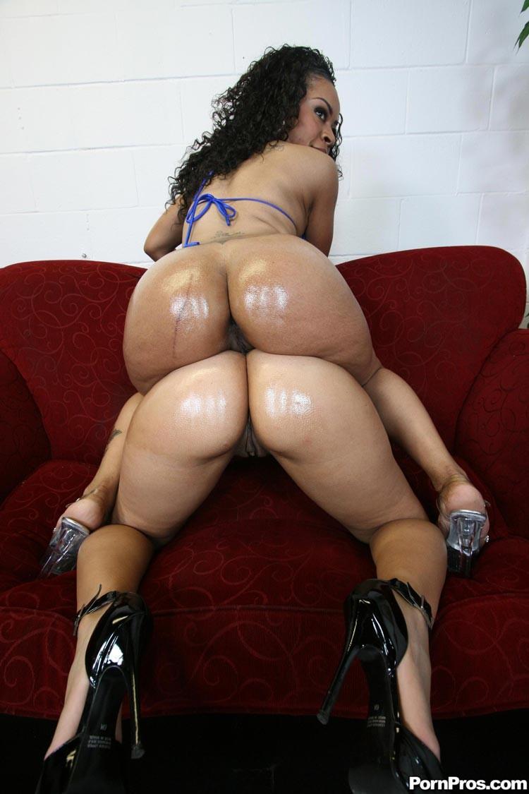Sophia Castello порно звезда