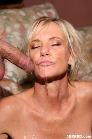 Blonde mature slut babe fucking and sucking hard d