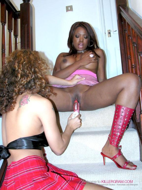 Interracial Lesbians Lexi Martinez and Rachel Coll