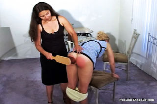 Longhair MILF gives ass spanking for cute blonde