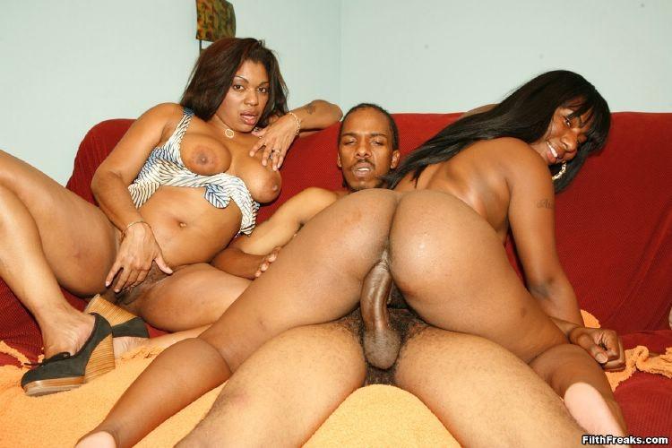 Latina Ebony Share Dick