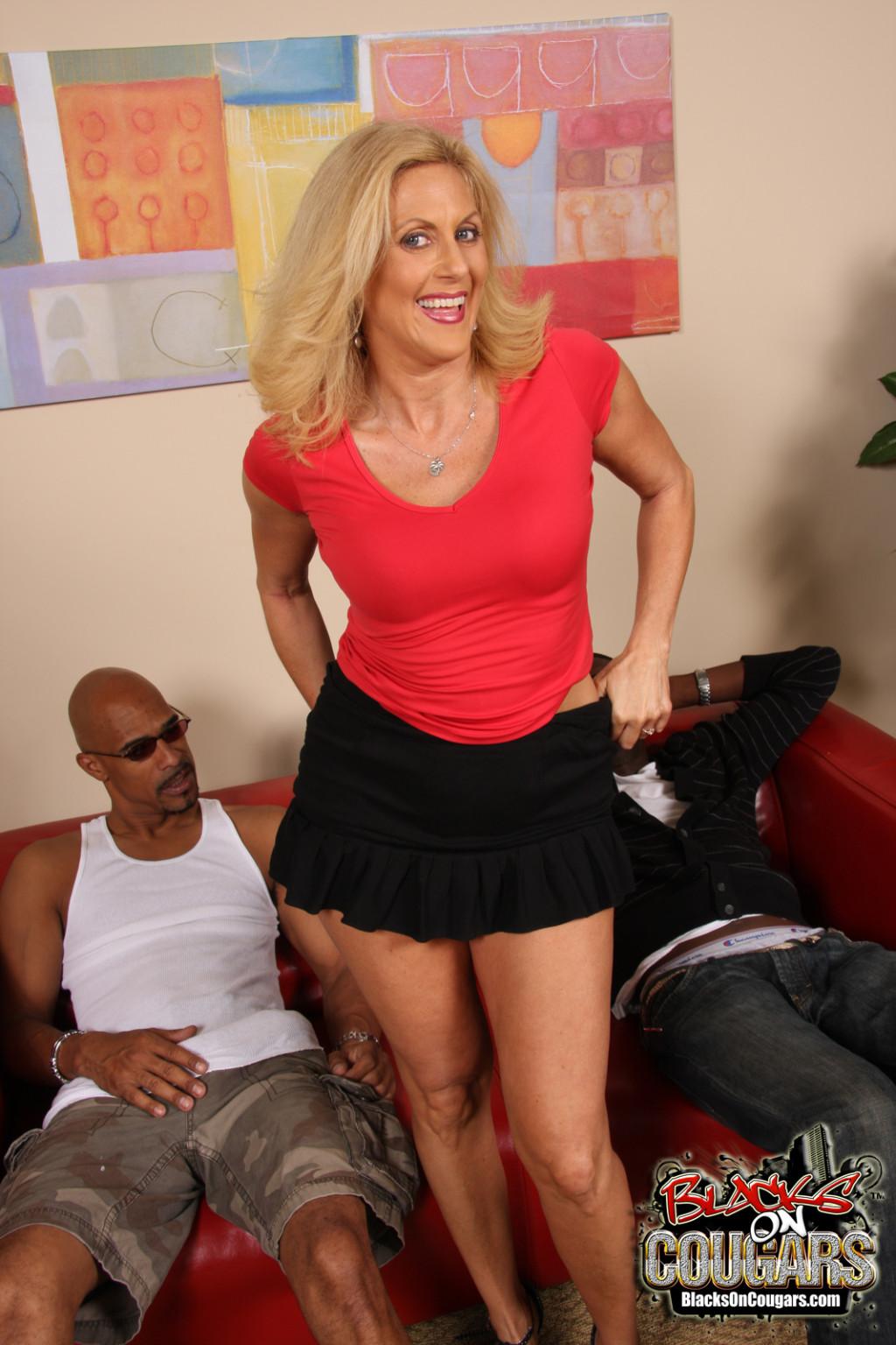 Erotic hot blonde sex video