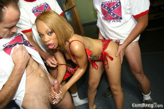 hot ebony Melrose Foxxx gets blowbanged and bukkak