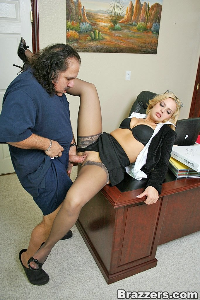 girls-office-pussy-pictures-sex-xx-bbc