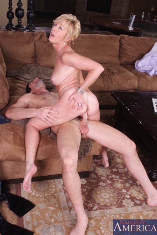 blue eyes blonde mom sucks one