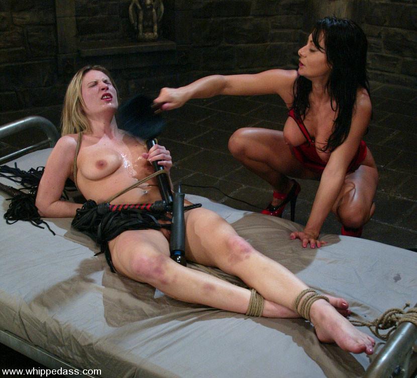 Lesbians angelique and cindy