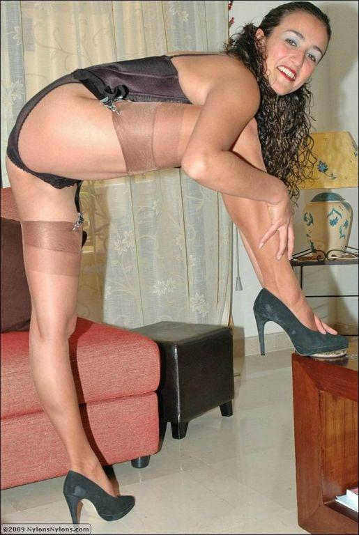 Nylon legs porn