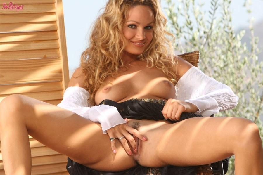 Prinzzess Beautiful Blonde Hottie Gonzoxxx 1