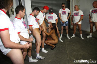 hot ebony gets blowbanged and bukkaked by several