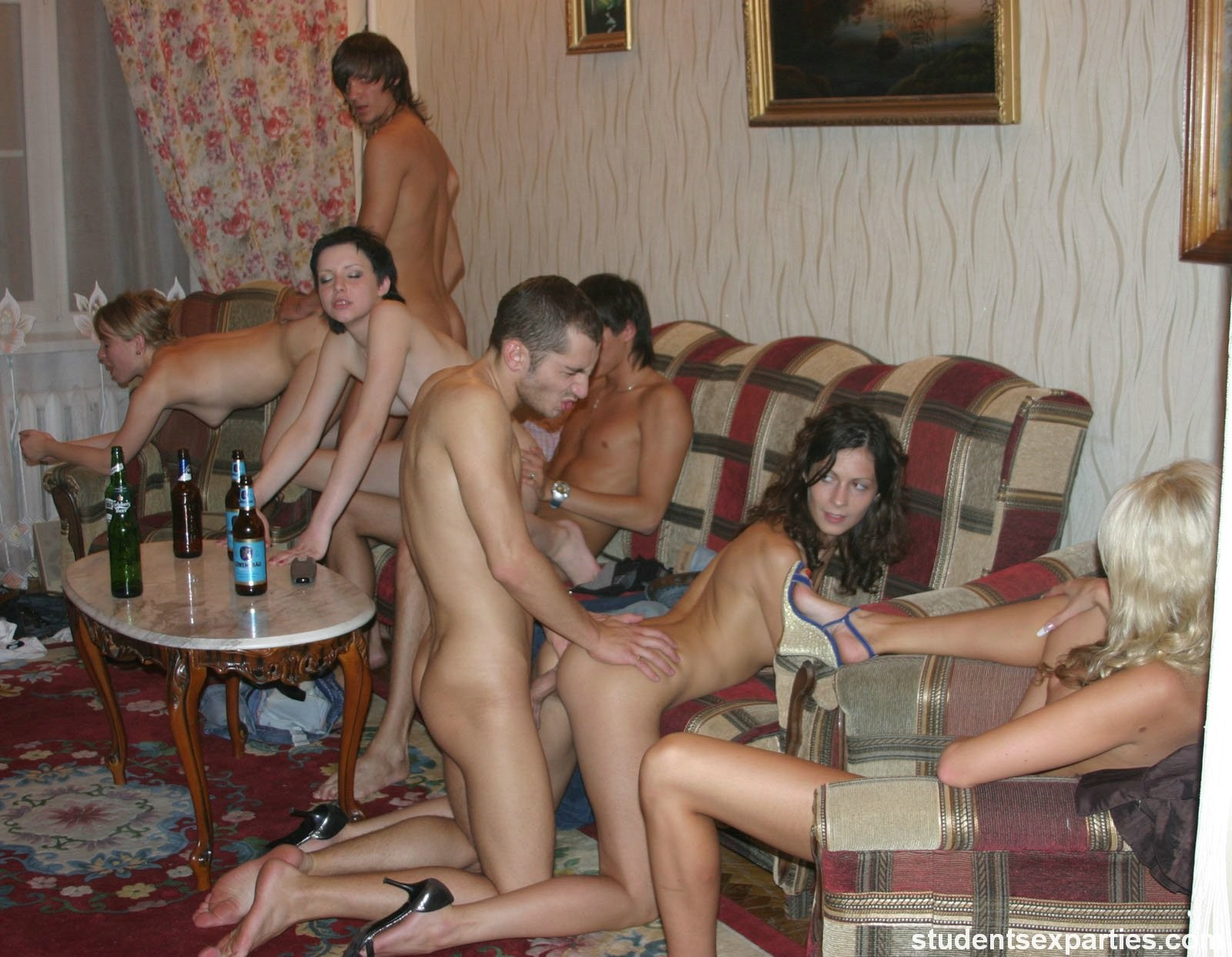 порно вечер друзьями встаешь, быстрее