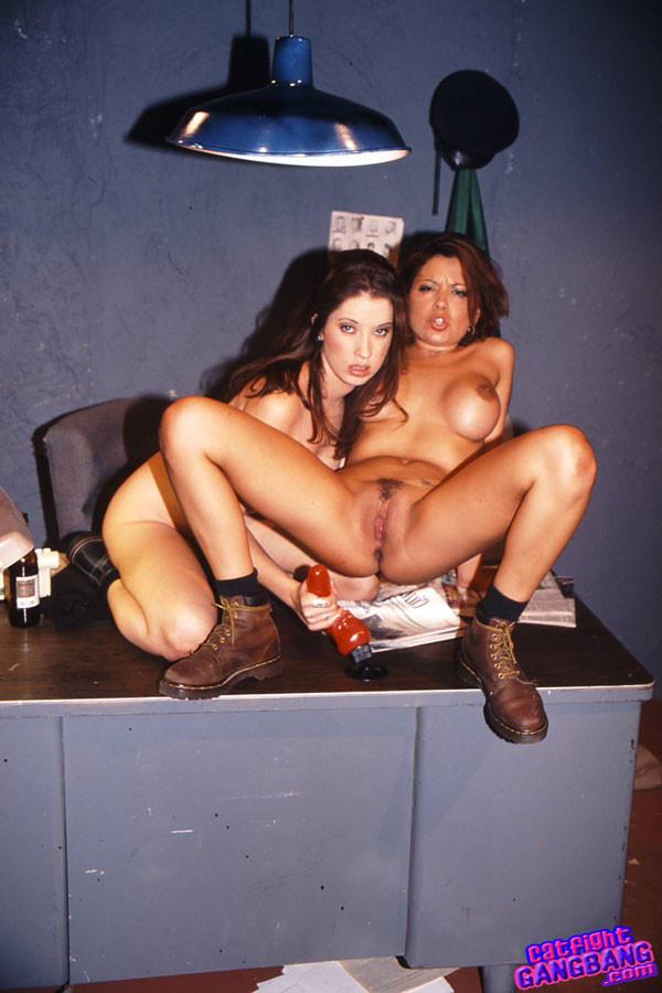Twins lesbo sluts masturbated