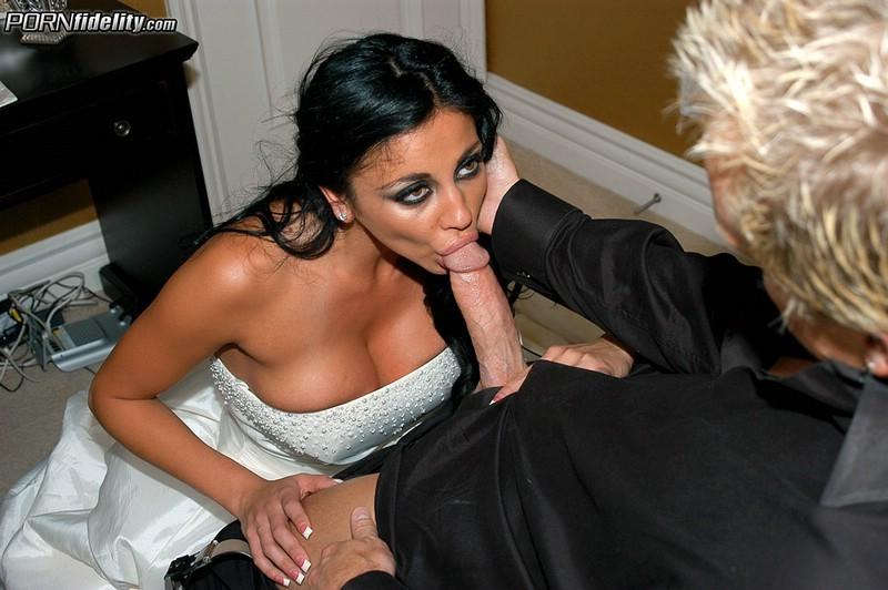 Порно одри битони свадьба