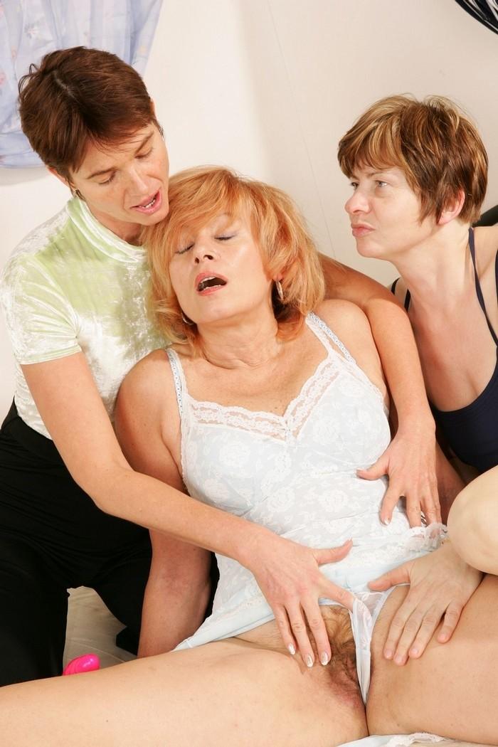 Celebrities lesbians horny masturbated