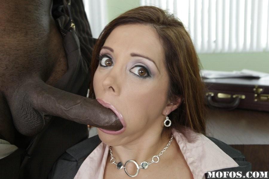 Milf interracial blow job sex pictures