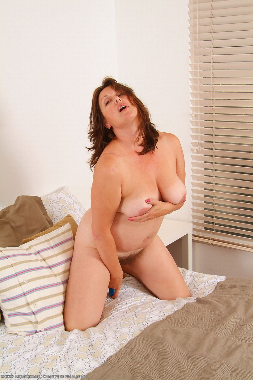Sarah schalke naked