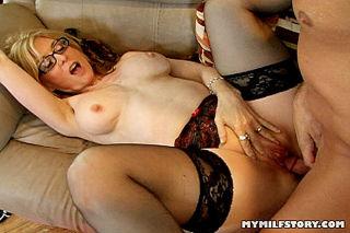 Young girl cumming on vibrator