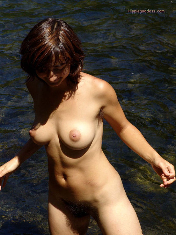 Hairy armpits and beautiful natural tits outdoors