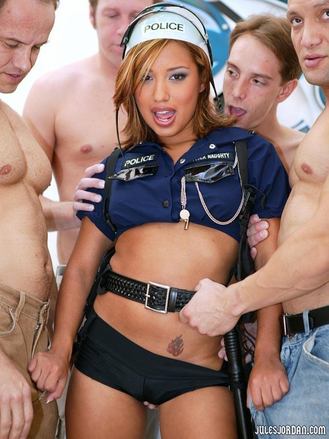 Ariana grande horny nude pic