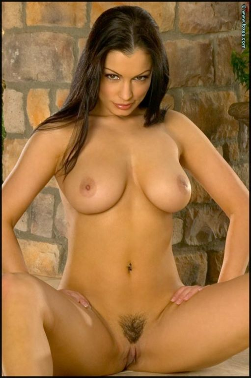 Aria Giovanni strips off her sexy pink bikini
