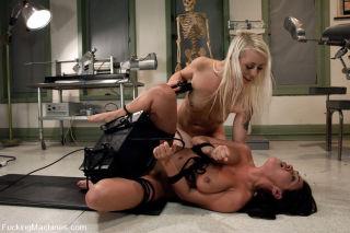 Pornstar Lorelei Lee and big tits Charley Chase ma