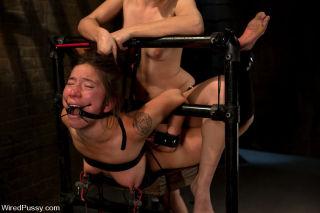 Bobbi Starr lesbian dominatrix with slavegirl boun