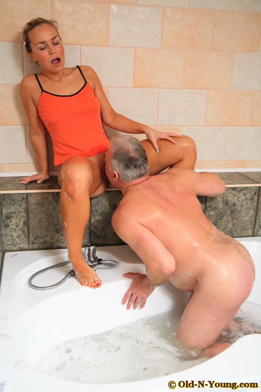 Leah dizon porn fucking