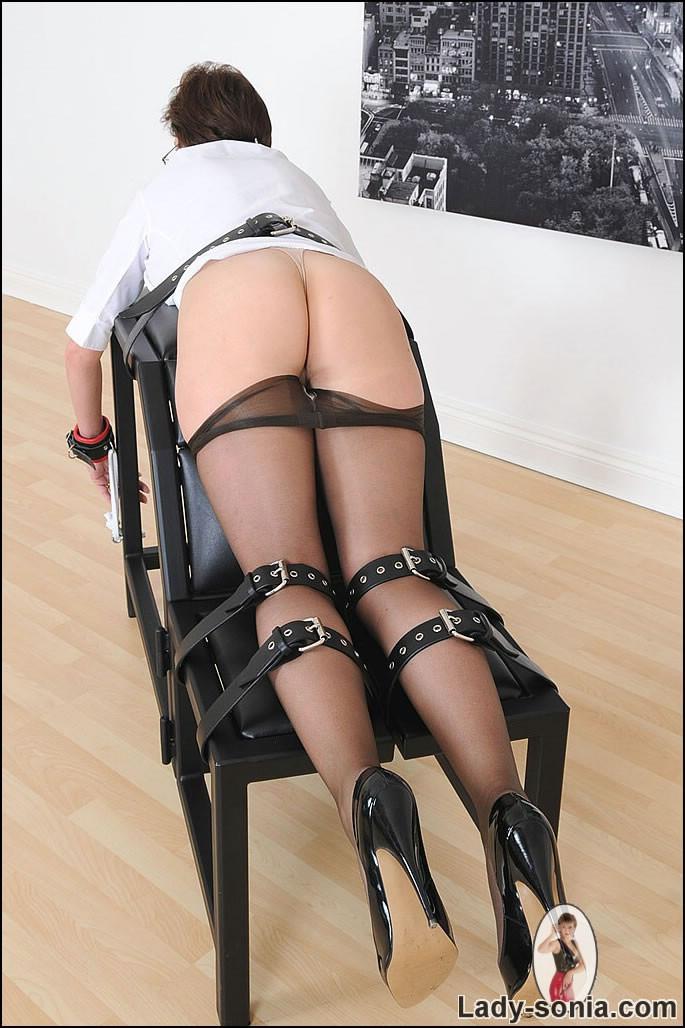 Lady sonia spanking