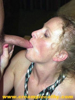 Hot wife loves triplecock penetration