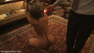 Big Tit Mellanie Monroe is reviewed by Master Acwo